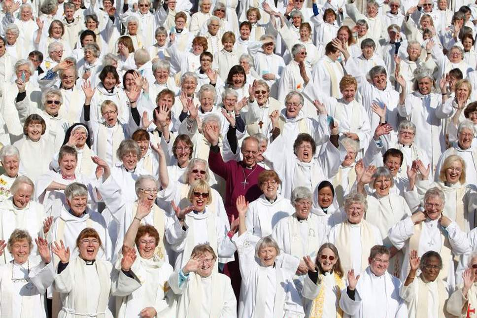 Justin-Welby-and-women-priests.jpg